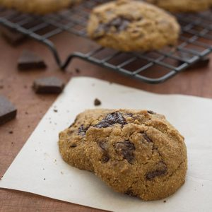 Chocolate Chip Cookies (paleo, grain free, gluten free, refined sugar free)